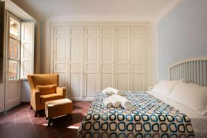 I Tre Balconi di Via Roma Apartment - AbcAlberghi.com
