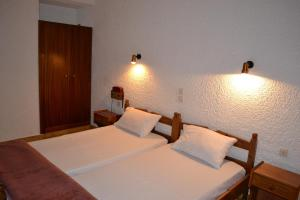 Karavos Hotel Apartments, Aparthotels  Archangelos - big - 57