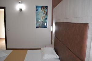 Karavos Hotel Apartments, Aparthotels  Archangelos - big - 44