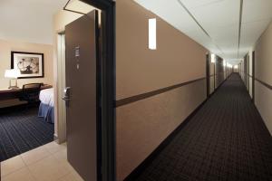 Canadas Best Value Inn Toronto, Motelek  Toronto - big - 26