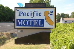 Pacific Motel - Oroville