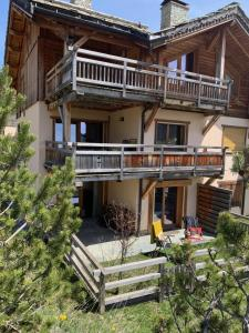 Luxury Casa Bo apartment 6/8/10 At the foot of the slopes, swimming pool, Montgenèvre, ski, Golf