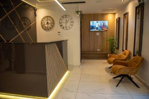 Mainstay Apartment & Suites