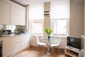 One Bed Serviced Apts near Oxford Street