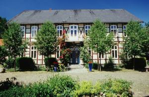 . Herrenhaus Salderatzen