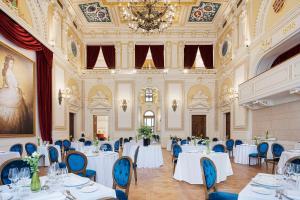 Aurea Ana Palace Hotel