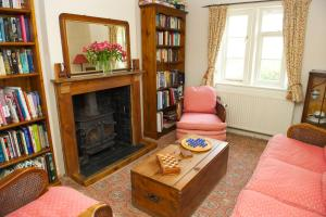 Eastbrook Cottage, Bed and Breakfasts  Trowbridge - big - 65