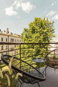 Angelus Apartments