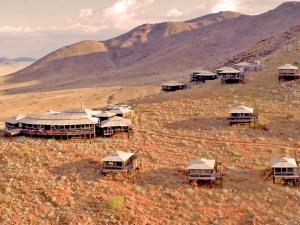 Moon Mountain Lodge