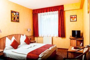 Beatrix Hotel - Solymár