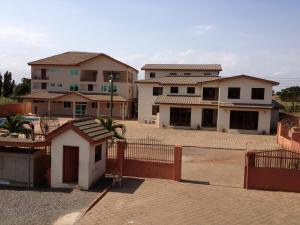 Gussys Hotel Ltd, Hotel  Tema - big - 4