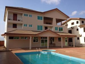 Gussys Hotel Ltd, Hotel  Tema - big - 1