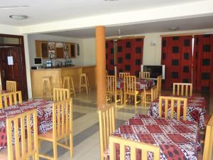 Gussys Hotel Ltd, Hotel  Tema - big - 11