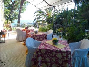 La Casa di Anny, Отели типа «постель и завтрак»  Диано-Марина - big - 23