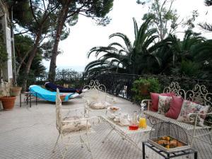 La Casa di Anny, Отели типа «постель и завтрак»  Диано-Марина - big - 19