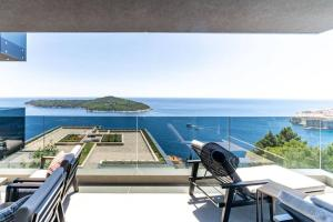 New&Luxury 5* with an Amazing View - Pure Apartment
