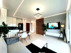 Nowy Holiday Apartament z klimatyzacją