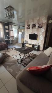 Apartments on Suvorova 19