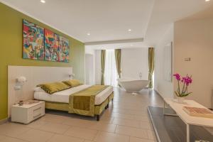 Trevi Palace Hotel - abcRoma.com