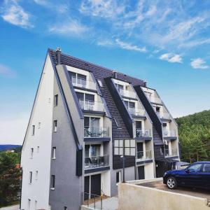 Apartman A9 Zlatni Breg - Hotel - Divcibare