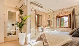 Luxury Studio Apartment Eminence Split in the old center of Split on Pjaca square
