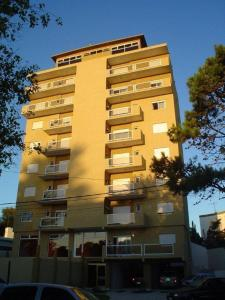 Departamentos Alhambra, Apartmány  Villa Gesell - big - 13