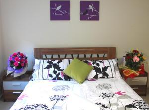 Villandry Villas-Melbourne 4Bdrms,Spacious,Clean & Comfortable, Villen  Coolaroo - big - 7