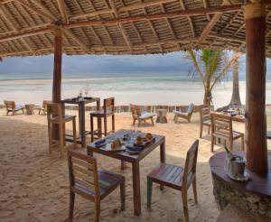 Bluebay Beach Resort & Spa (11 of 48)
