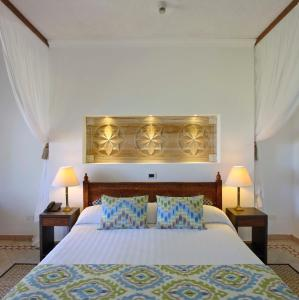 Bluebay Beach Resort & Spa (4 of 48)