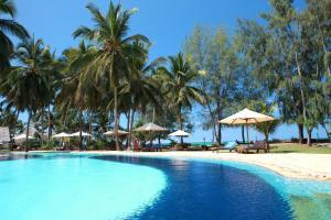 Bluebay Beach Resort & Spa (23 of 48)