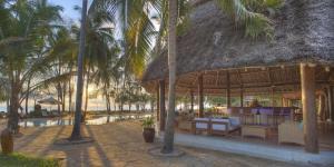 Bluebay Beach Resort & Spa (22 of 48)
