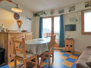 Appartement Montvalezan-La Rosi?re, 1 pi?ce, 2 personnes - FR-1-398-506