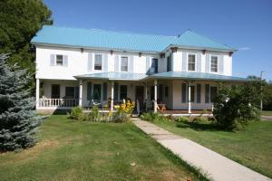 Spruce Lodge Bed and Breakfast - Accommodation - Lake Placid