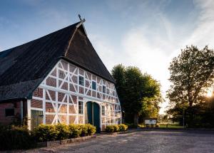 LandHaus Zum LindenHof - Holm Seppensen
