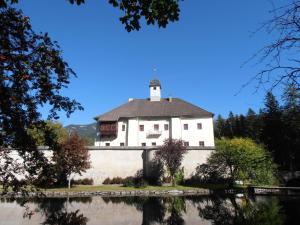 Ferienwohnung Schloss Dornbach - Apartment - Gmünd in Kärnten