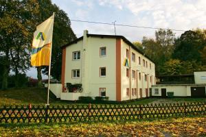 DJH Jugendherberge Barth - Reiterhof - Arbshagen