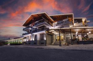 Отель Crystal, Бакуриани