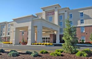 Hampton Inn & Suites by Hilton..
