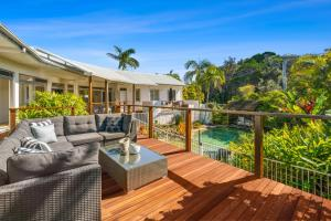 A Tropical Family Oasis in Sunshine Beach