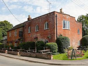 Manor House Inn - East Pennard