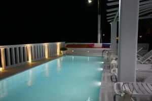 Amaryllis Apartments & Studios, Aparthotely  Glastros - big - 47