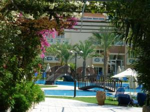 Selini Suites, Hotely  Kolimvárion - big - 37