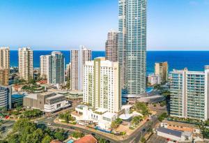voco - Gold Coast, an IHG Hotel