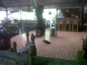 . Onong Palace