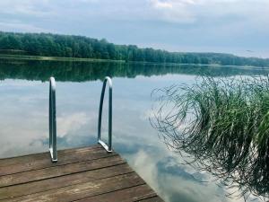 Domek między jeziorami