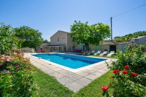 Villa de 3 chambres a La Tour d'Aigues avec piscine privee jardin amenage et WiFi