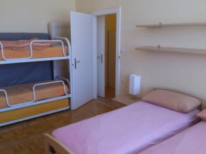 HéberGement du POD, Hostely  La Chaux-de-Fonds - big - 7