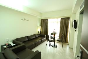 Pattom Royal Hotel, Отели  Тривандрум - big - 26