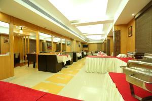 Pattom Royal Hotel, Отели  Тривандрум - big - 16