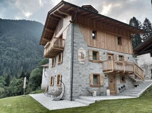 Pimont Alpine Chalet - AbcAlberghi.com